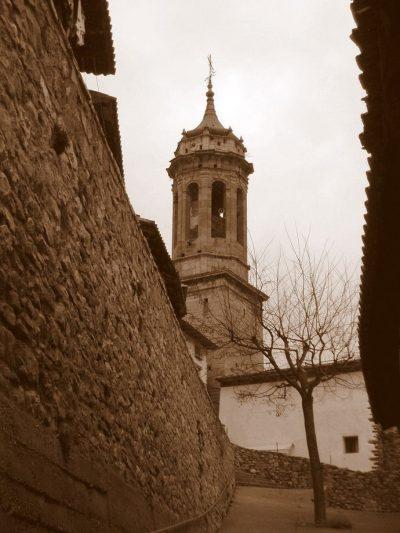 Torre campanario de Linares de Mora
