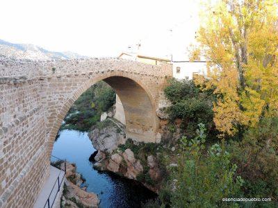 Puente de piedra en Beceite