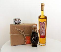 Disfruta o regala este lote de productos con azafrán y de un bote selecto de azafrán en hebra
