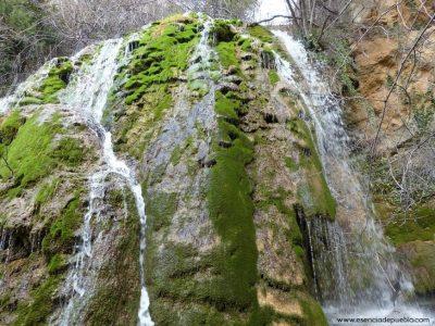 Cascada en el Molinete, en Linares de Mora