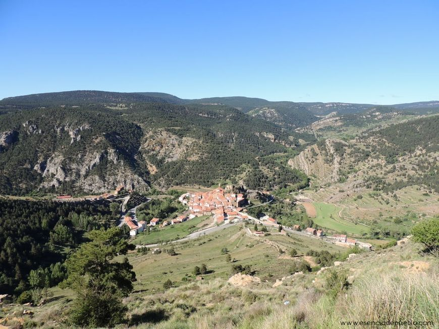 Panorámica de Linares de Mora (Teruel)