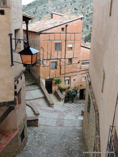 Un recorrido turístico por Albarracín Teruel