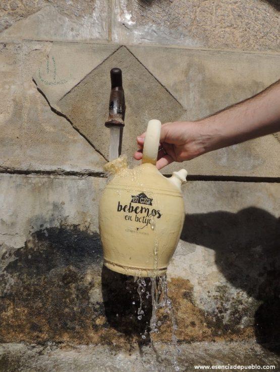 Comprar botijo de barro artesano para beber y enfriar agua